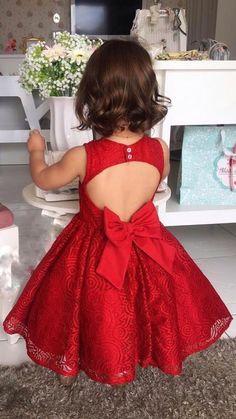 Girls Frock Design, Baby Dress Design, Kids Dress Wear, Kids Gown, Baby Girl Frocks, Frocks For Girls, Baby Frocks Designs, Kids Frocks Design, African Dresses For Kids