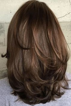 70 Brightest Medium Layered Haircuts to Light You Up Mid-Length Hair With Subtle Layers Layered Haircuts For Medium Hair, Medium Length Hair Cuts With Layers, Haircut For Thick Hair, Haircuts For Long Hair, Long Layered Hair, Medium Hair Cuts, Cool Hairstyles, Short Haircuts, Haircut Short