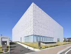 Kanazawa Umimirai Library by Coelacanth KH Architects   Yellowtrace