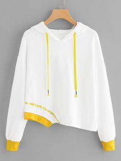 SheIn offers Embroidered Asymmetrical Sweatshirt & more to fit your fashionable needs. Simple Outfits, Pretty Outfits, Stylish Outfits, Cool Outfits, Trendy Hoodies, High Street Fashion, Sweatshirts Online, Teen Fashion Outfits, Trendy Dresses