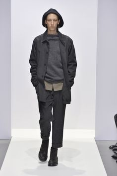 Photo from the Fall Winter 2020 Ready-to-wear collection by Margaret Howell. Margaret Howell, Print Magazine, Gentleman Style, Ready To Wear, Fall Winter, Bomber Jacket, Normcore, Menswear, Mens Fashion