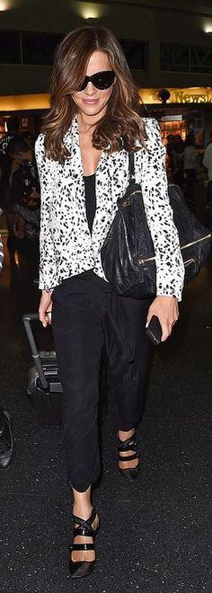 Kate Beckinsale: Purse – Givenchy  Sunglasses – Oliver Goldsmith  Shoes – Prabal Gurung
