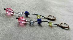 ⅏ Design Romantico ⅏   Orecchini con Swarovski e Pietre dure su filo di cotone rinforzato, monachelle in Rame Antico. #orecchini #earrings #macramé #artigianato #handmade #handmadejewelry #madeinitaly #fattoamano #swarovski #pietredure #rosa #gioiellipersonalizzati #gioielliunici #gioielli #gioielliartigianali #jewelryaddiction #jewelrylove #jewelry #jewelrydesign #jewelryaddict #jewelrytrends #jewelryoftheday #jewelryobsession #jewelryblog #jewelryofinstagram #jewelryofig #jewelryblogger…