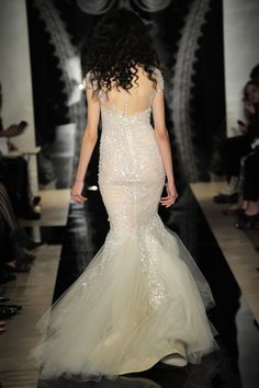 Reem Acra - Bridal Spring 2014  TAGS:Embellished, Fishtail, Floor-length, Sequined, Ivory, Reem Acra, Jewelled, Tulle, Glamour