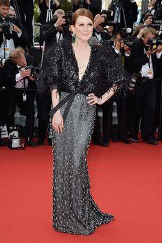 Julianne Moore in Armani Privé at #Cannes 2015. Thx Vogue.in