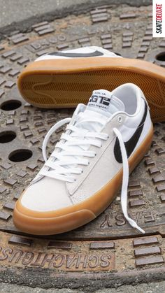 Shop the latest colorway of the Blazer Low Pro GT by Nike SB! Skate Shoe Brands, Skate Shoes, New Skate, Shoe Releases, Converse, Vans, Nike Sb, Look Fashion, Skateboard