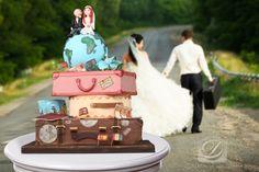 Travel wedding cake - Cofetaria Dana  https://www.facebook.com/cofetariadanaturda  cofetariadana.ro
