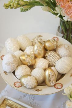 Sofreh Haftseen {Norooz} - Pretty Please Design Easter Egg Crafts, Easter Eggs, Easter Decor, Haft Seen, Persian Wedding, Iranian Wedding, Persian Culture, Egg Art, Easter Holidays