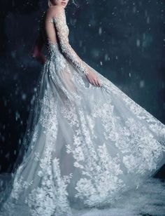 "Paolo Sebastian ""The Snow Maiden"" fall 2016... - looking glass"