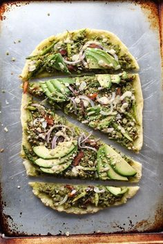 Pesto and Asparagus Flatbread Pizza with Tahini Dressing - Paleo Vegan Gluten Free Grain Free Dairy Free low allergen and anti-inflammatory recipes from rally pure nut free soy free top 8 free Paleo Vegan, Vegan Pizza Recipe, Paleo Pesto, Paleo Diet, Vegan Flatbread Recipes, Healthy Nutrition, Vegan Food, Clean Eating, Healthy Eating