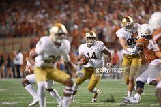 News Photo : Notre Dame QB DeShone Kizer in action vs Texas at...