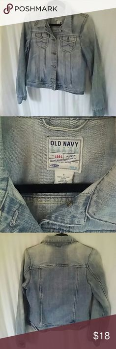 Old Navy Short Jean Jacket Closet staple! Short jean jacket in size small. Dress up or down. Jackets & Coats Jean Jackets