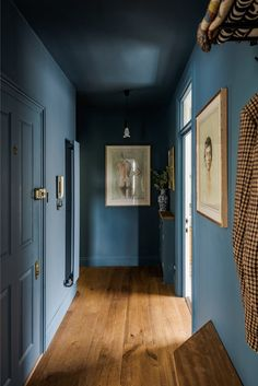 Classic and designer cuisine in an apartment with natural colors PLANETE DECO a homes world Hallway Colours, Wall Colors, Blue Hallway, Home Design, Espace Design, Summer Deco, Brick Flooring, Colorful Interiors, My Dream Home