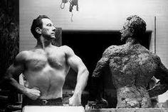 Joe Weider Joe Weider, Fat Burning Tips, Arnold Schwarzenegger, Build Muscle, Old School, Health And Wellness, Bodybuilding, Statue, Legends