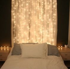 ideas to hang christmas decoration and lights in a bedroom picture 2 homeconceptdecoration