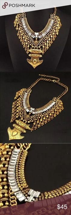 Turkish boho bib necklace NWOT Turkish boho bib necklace NWOT gold color very beautiful and unique. Jewelry Necklaces