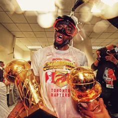 Michael Jordan Basketball, Basketball Players, Young Kobe Bryant, Michael Jordan Pictures, Nba Pictures, Nba Fashion, Basketball Photography, Wrestling Superstars, American Sports