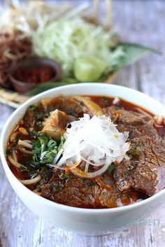 Bún Bò Huế: Vietnamese spicy beef noodle soup requires a lot of effort in cooking its stock, but is well worth the exertion. Vietnamese Cuisine, Vietnamese Recipes, Asian Recipes, Beef Recipes, Soup Recipes, Cooking Recipes, Healthy Recipes, Ethnic Recipes, Recipies