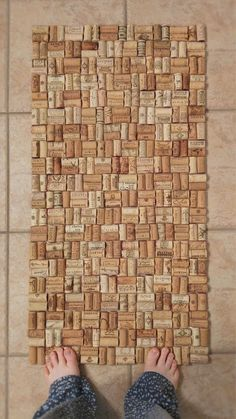 Wine cork bath mat - steam the corks first for easier cutting.
