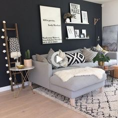 Mid Century Modern Living Room, Eclectic Living Room, Interior Design Living Room, Home Living Room, Living Room Decor, Apartment Living, Living Room Wall Colors, Living Room Wall Decor Ideas Above Couch, Living Area