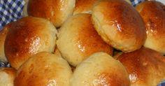 La preparazione natalizia, comincia dai particolari... questi panini al latte, classico di feste e compleanni, si adattano anche alla tavol...