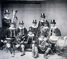 Hauensteiner Trachten - Musikkapelle  Fotografie der zum Festzug 1881 zusammengestellten Gruppe