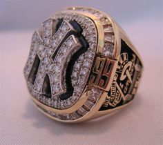 New York Yankees World Series | This 1999 New York Yankees World Series ring was the first item ...