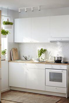 Studio Kitchen, Kitchen Room Design, Modern Kitchen Design, Home Decor Kitchen, Interior Design Kitchen, Kitchen Set Ikea, Ikea Metod Kitchen, Small Kitchen Set, Studio Apartment Kitchen