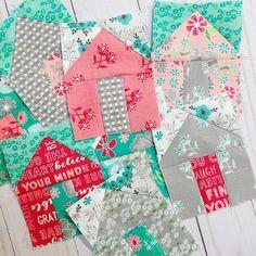 Tiny houses!!! Fabric: Flora and Fawn @amandaherringdesigns . Pattern: Suburbs Mini @cluckclucksew . #floraandfawnfabric #floraandfawnhome #homeiswheretheheartis #homesweethome #suburbsminiquilt #suburbsquilt #cluckclucksew #housequilt #rileyblakedesigns #aurifil