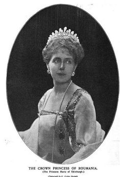 Queen Marie of Romania, née Princess of Edinburgh and Saxony-Coburg-Gotha wearing The Romanian Massin Tiara. Royal Tiaras, Tiaras And Crowns, Royal Crowns, Maud Of Wales, Romanian Royal Family, Royal Jewelry, Jewellery, Queen Mary, Royal House
