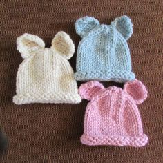 Hand Knit Baby Bear Hat made with a bulky yarn of by CashewCashew