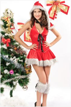 Christmas clothing ( hooded velvet strappy three-piece )