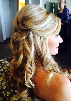 Wedding Hair by Kelly Scripps half up hair style, bridal hair Wedding Hair And Makeup, Bridal Hair, Hair Makeup, Weave Hairstyles, Wedding Hairstyles, Hairdos, Professional Hairstyles, Hair Looks, Hair Trends