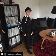 This is undercover! It looks awesome Samuel#Repost @samuel_schoug All in @dwbtoftshit Nice!!!!#sweatshirt #snapback #dwbtoftshit #in4lifecollection