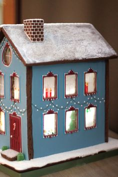 Gingerbread Townhouse by Baked Ideas