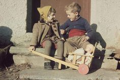 Norwegian Men, Baby Strollers, Antiques, Children, Pictures, Baby Prams, Boys, Antiquities, Kids