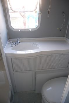 *Random Thoughts of a SUPERMOM!*: Project Airstream: A Shelf, Updated Bathroom, and All the Walls