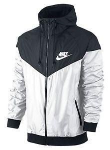 f6b0154322e8 Nike Windrunner Windbreaker Jacket Men s Jacket
