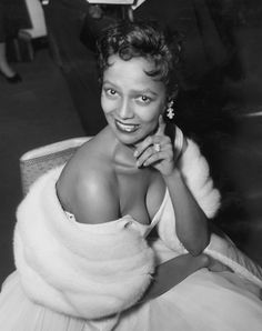 Dorothy Dandridge posing for photographers at the Savoy Hotel in London, on April 11,1956. She was there to perform during cabaret season.