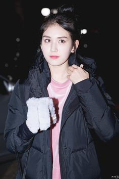 Image shared by qyu. Find images and videos about ioi, somi and jeon somi on We Heart It - the app to get lost in what you love. Jeon Somi, Jung Chaeyeon, Choi Yoojung, Kim Sejeong, Cute Makeup, Makeup Style, Korean Ulzzang, South Korean Girls, Asian Boys