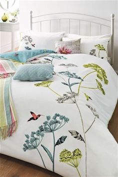 Buy Hummingbird Print Bed Set from the Next UK online shop Beautiful Bedrooms, Bed, Trendy Living Rooms, Bed Linen Sets, Spring Home, Linen Bedding, Beautiful Bedding, Bedding Sets, Top Beds