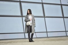 stylizacja-w-męskim-stylu #street #style #street #fashion #grey #coat #oversized #coat #striped #shirt #striped #blouse #grey #pants #men #sstyle #mens #street #style #street #fashion #striped #oversized #outfit