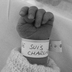 je suis charlie pic | Prêt-à-liker : le bracelet de naissance Je suis Charlie - Elle