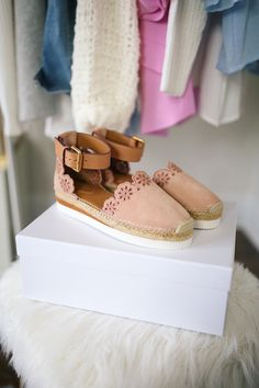 OBSESSED WITH THESE CHLOE ESPADRILLES