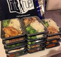 MEAL PREP made easy! FitFuel delivers fresh (not frozen) healthy meals for the week. Their menu changes weekly & you can create your own meal plan. 10 meals only $85 + you can use my code to get $10 off. TRACY910