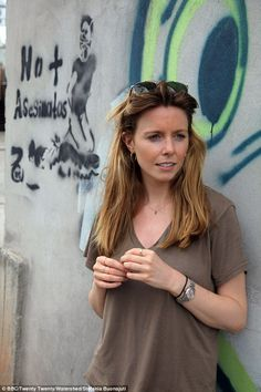 Stacey, pictured in Honduras, said it was be difficult to get over the harrowing scenes she sees when researching her hard-hitting documentaries Stacy Dooley, Bbc Presenters, Badass Women, Iconic Women, Celebs, Celebrities, Hair Inspo, Girl Crushes, Hairdresser