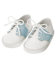 Baby blue and white saddle oxford crib shoes...Janie and Jack