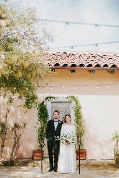 Santa Barbara Al Fresco Wedding with Minimalist Details Ruffled Wedding Trends, Wedding Designs, Wedding Blog, Wedding Styles, Wedding Ideas, Fresco, Timeless Wedding, Casual Wedding, Santa Barbara