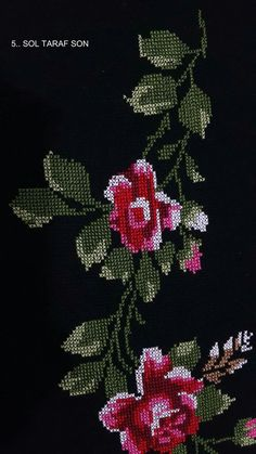 This Pin was discovered by Şey Cross Stitch Rose, Cross Stitch Embroidery, Cross Stitch Patterns, Free To Use Images, Prayer Rug, Needle And Thread, Needlework, Diy And Crafts, Projects To Try