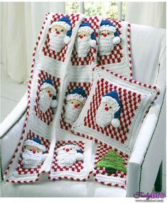 Santa Afghan Wall Hanging and Pillow-Donna Collinsworth-Maggies crochet-Free Craft Patterns